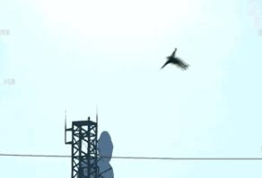 Kazuhira Miller летает